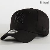/achat-casquettes-de-baseball/new-era-casquette-enfant-9fifty-tonal-black-stretch-snap-12301105-new-york-yankees-noir-210594.html