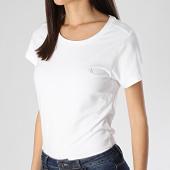 /achat-t-shirts/calvin-klein-lot-de-2-tee-shirts-femme-qs6442e-blanc-210820.html
