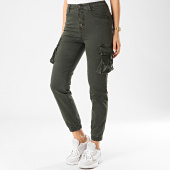 https://www.laboutiqueofficielle.com/achat-pantalons-cargo/girls-only-pantalon-cargo-femme-dz213-vert-kaki-211275.html