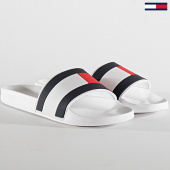 /achat-claquettes-sandales/tommy-hilfiger-claquettes-essential-flag-pool-2327-white-211210.html