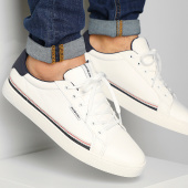 /achat-baskets-basses/jack-and-jones-baskets-trent-12150729-bright-white-211421.html