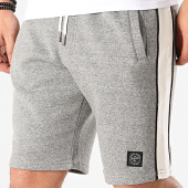 /achat-shorts-jogging/tokyo-laundry-short-jogging-a-bandes-pebble-beach-gris-chine-211478.html