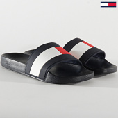 /achat-claquettes-sandales/tommy-hilfiger-claquettes-essential-flag-poolside-2327-navy-white-red-211823.html