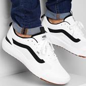 /achat-baskets-basses/vans-baskets-ultrarange-exo-a4u1kwht-white-211804.html