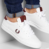 /achat-baskets-basses/fred-perry-baskets-deuce-leather-b8199-white-212032.html