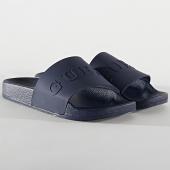 /achat-claquettes-sandales/guess-claquettes-f02z03-bleu-marine-212553.html