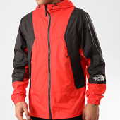 /achat-coupe-vent/the-north-face-coupe-vent-mountain-3rys-rouge-noir-212725.html