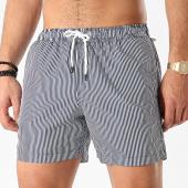 /achat-maillots-de-bain/celio-short-de-bain-riswim-a-rayures-blanc-bleu-marine-212891.html
