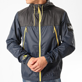 /achat-coupe-vent/the-north-face-coupe-vent-a-capuche-1990-mountain-bleu-marine-213374.html