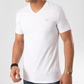 /achat-t-shirts/antony-morato-tee-shirt-knitwear-mmks01736-blanc-214067.html