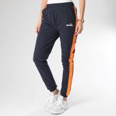 /achat-pantalons-joggings/ellesse-pantalon-jogging-femme-a-bandes-rosalla-sge08450-bleu-marine-213950.html