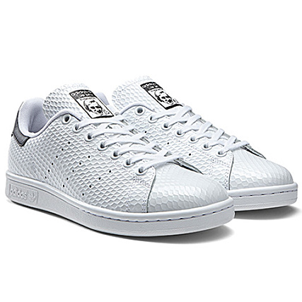 b9f7bffd85 Baskets Femme adidas Stan Smith Golf Skin Blanc Noir -  LaBoutiqueOfficielle.com