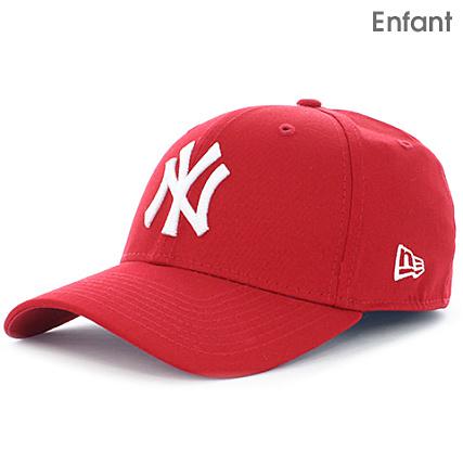 New Era - Casquette Enfant 9Forty MLB League Basic New York Yankees Rouge  Blanc - LaBoutiqueOfficielle.com fa4bca7ed64