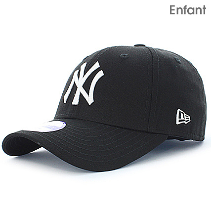 New Era - Casquette Enfant 940 League Basic 9 Forty New York Yankees Noir  Blanc - LaBoutiqueOfficielle.com 25cfdd67743