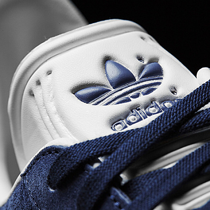 new arrival b72ea 13dd7 Home  adidas  Baskets - Chaussures  Baskets Basses  adidas - Baskets Gazelle  BB5478 Collegiate Navy White Ice Blue
