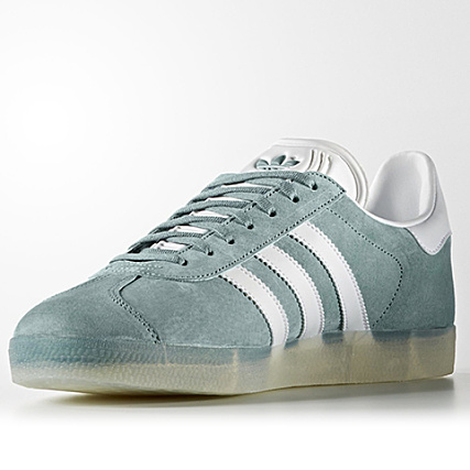 uk availability a9935 e9267 Home  adidas  Baskets - Chaussures  Baskets Basses  adidas - Baskets Gazelle  BB5500 Vapour Steel White Metallic Silver Solid