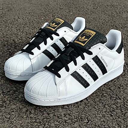 adidas - Baskets Superstar S75880 White Core
