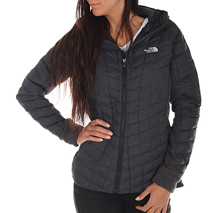 cf4c35bdb473 The North Face - Doudoune Femme Thermoball Hybrid Gris -  LaBoutiqueOfficielle.com