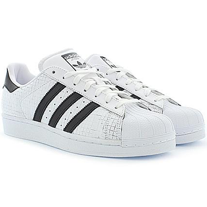 finest selection 94fa0 6c41f adidas - Baskets Superstar AQ8333 White Core Black Core Originals -  LaBoutiqueOfficielle.com