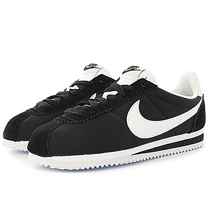 finest selection 77be1 5614f Nike - Baskets Femme Classic Cortez Nylon 749864 011 Black White -  LaBoutiqueOfficielle.com