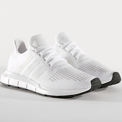 adidas - Baskets Swift Run CG4112 Footwear White Crystal ...