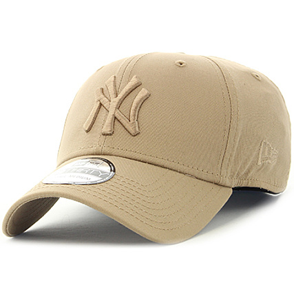 660cfd53dc27 New Era - Casquette Fitted League Essential 3930 New York Yankees Camel -  LaBoutiqueOfficielle.com