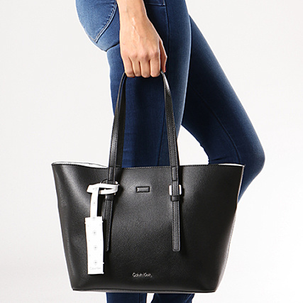 Main Calvin Klein Shopper Sac Zone Ck Medium 64000 Noir A Femme gbyfY76