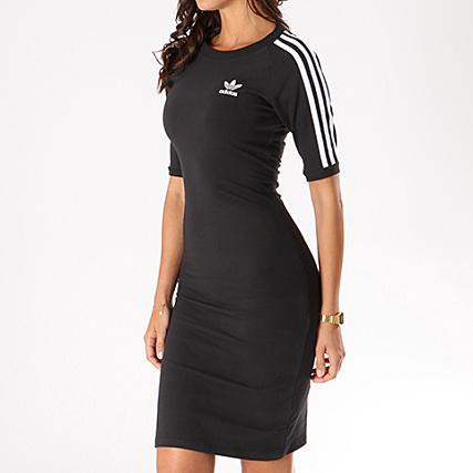 robe adidas noire