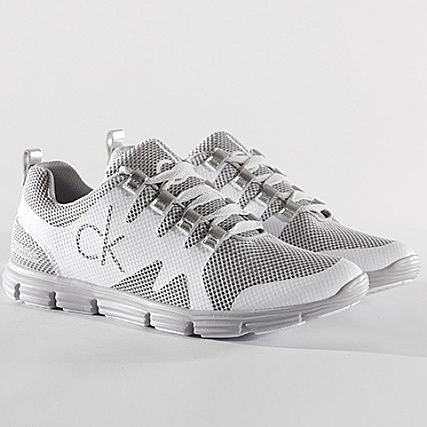 9213090e2d90ea Calvin Klein - Baskets Murphy Mesh Rubber Spread SE8525 Silver White -  LaBoutiqueOfficielle.com