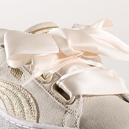 Puma Baskets Femme Heart Canvas 366495 01 Birch White Gold