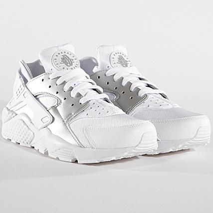 3129aebc4ca5 Nike - Baskets Air Huarache 318429 108 White Metallic Silver -  LaBoutiqueOfficielle.com