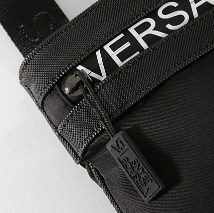 3995ade476 Home > Versace Jeans > Accessoires > Sacs - Sacoches > Versace Jeans - Sacoche  Linea Macrologo Dis 5 Noir