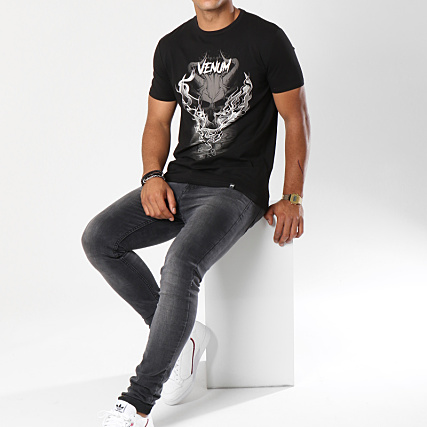 Venum Minotaur Crewneck T-Shirt Black//White