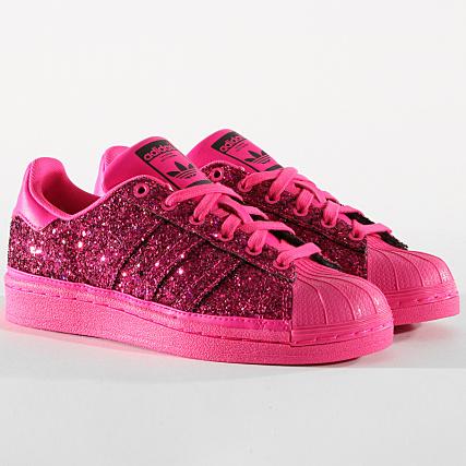 fed8f2f0a813a adidas - Baskets Femme Superstar BD8054 Shock Pink Core Purple -  LaBoutiqueOfficielle.com