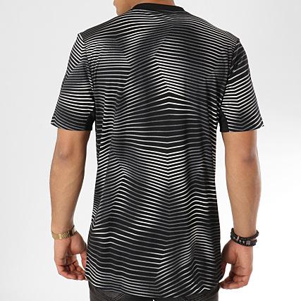 349eb0492 Home   adidas   Foot   T-shirts   adidas - Tee Shirt De Sport Juventus  DP2891 Noir Blanc