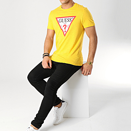 Guess Tee Shirt M92I17 K6XN0 Moutarde