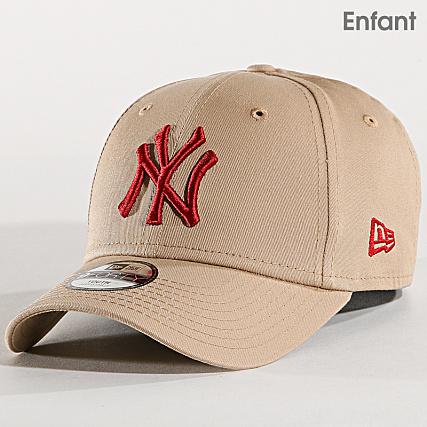7780ffc49cd New Era - Casquette Enfant League Essential New York Yankees 11871492 Beige  Rouge - LaBoutiqueOfficielle.com