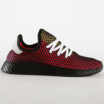 1f0e654b591a9 Home   adidas   Baskets - Chaussures   Baskets Basses   adidas - Baskets Deerupt  Runner CM8448 Shock Red Real Lilac Core Black