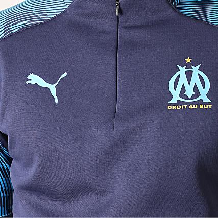 90fa2e92635c2 Puma - Sweat Col Zippé OM Training Fleece 755843 Bleu Marine Bleu ...