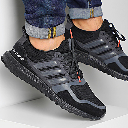 adidas Baskets UltraBoost SL EF1361 Core Black Carbon