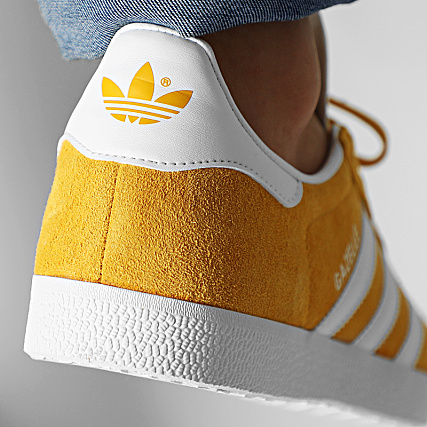adidas Baskets Gazelle EE5507 Active Gold Cloud White
