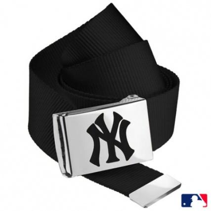 Masterdis - Ceinture Sangle MLB Premium Woven Noir Boucle Argent NY Noir -  LaBoutiqueOfficielle.com 6f6e93c69d9