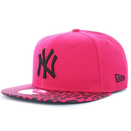 279ff637b621b New Era - Casquette Snapback Femme Leo Vize New York Yankees Rose -  LaBoutiqueOfficielle.com