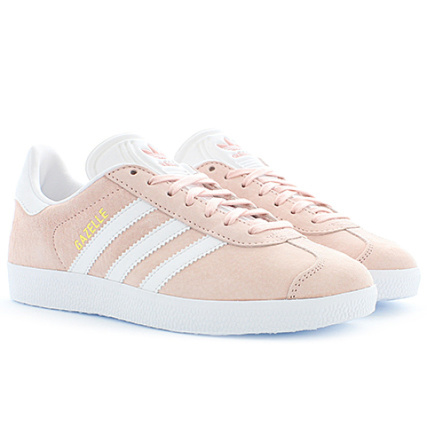 adidas - Baskets Femme Gazelle BB5472 Vapour Pink White Gold Metallic - LaBoutiqueOfficielle.com
