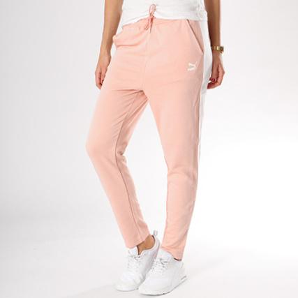 925f2ccc45935 Puma - Pantalon Jogging Bande Brodée Femme Classic Logo 575618 31 Rose -  LaBoutiqueOfficielle.com
