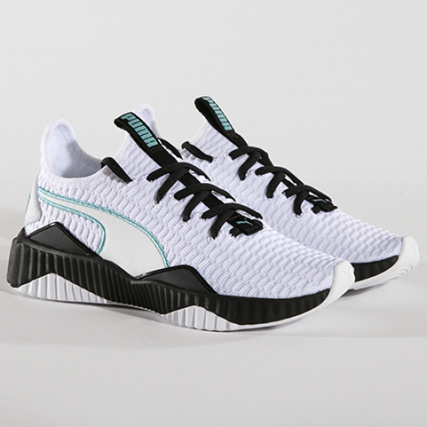 buy popular e764a 9a286 Puma - Baskets Femme Defy 190949 03 White Black - LaBoutiqueOfficielle.com