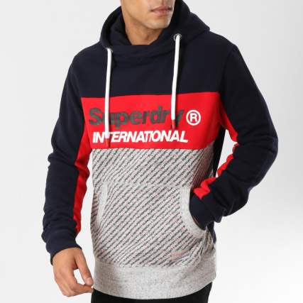 Superdry - Sweat Capuche Trophy Micro AOP M20007SR Bleu Marine Gris Chiné  Rouge - LaBoutiqueOfficielle.com fb4d349f908a